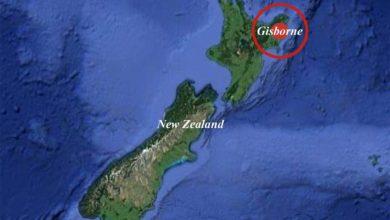 A magnitude 8.1 earthquake hits the coast of New Zealand, triggering a second tsunami warning