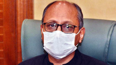 Sindh govt to take back education ministry from Saeed Ghani