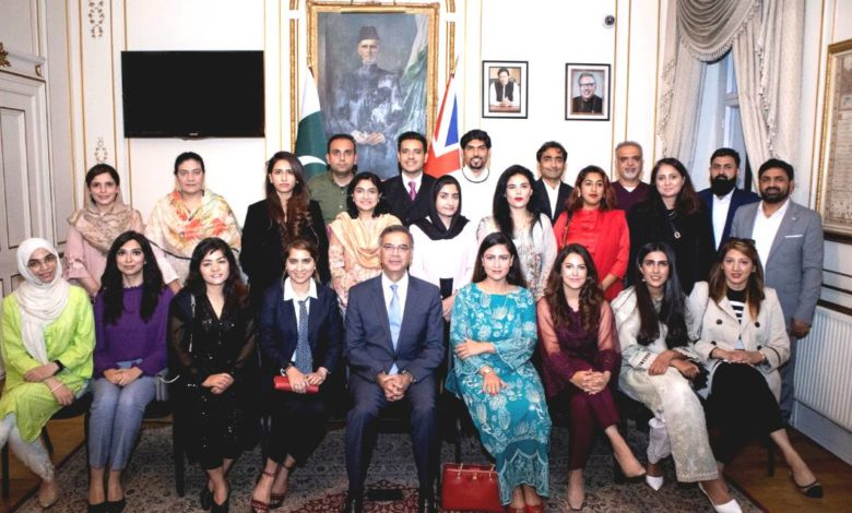 Chevening and Commonwealth Scholars from Pakistan hosted at the High Commission